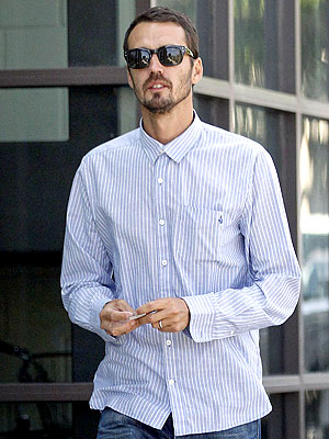Rupert Sanders Spotted Out Wearing His Wedding Ring