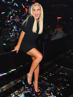 Jenny McCarthy Hits Vegas Post-Breakup