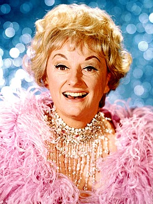 Phyllis Diller Dies; Groundbreaking Comedian Is Dead at 95