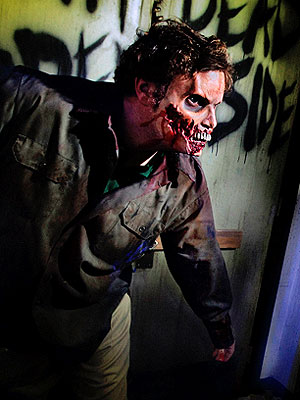The Walking Dead Stars at Universal Studios&#39; Halloween Horror Nights