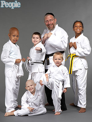 Detroit Professor Gives Free Martial Arts Classes to Kids with Cancer
