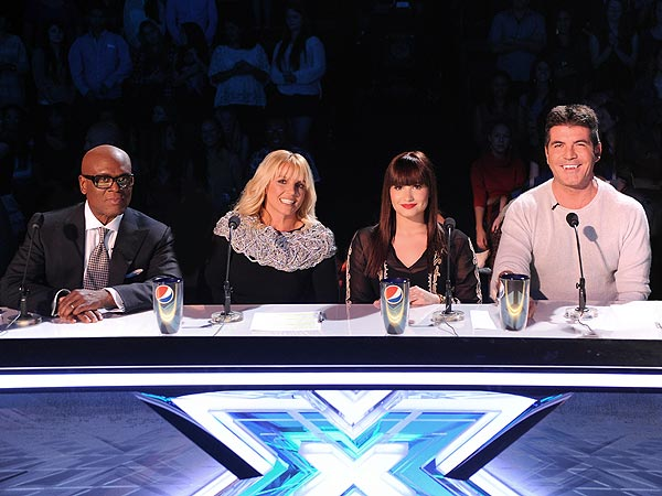 X Factor: Britney Spears, Khloé Kardashian Make Live Show Debut