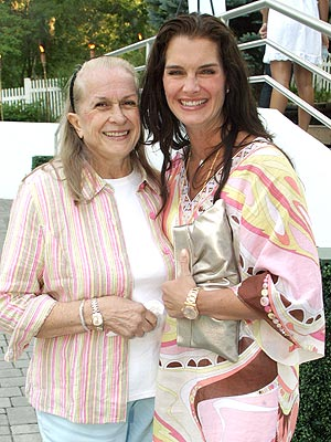 Teri Shields Dies, Brooke Shields&#39;s Mother Was 79