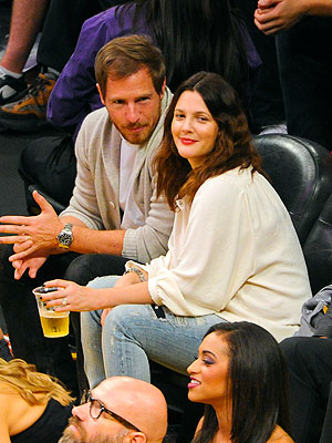 Drew Barrymore, Will Kopelman Cheer On the L.A. Lakers: Photos