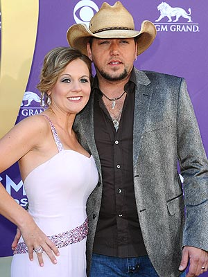 Jason Aldean & Jessica Ussery - Recovering After Photo Scandal