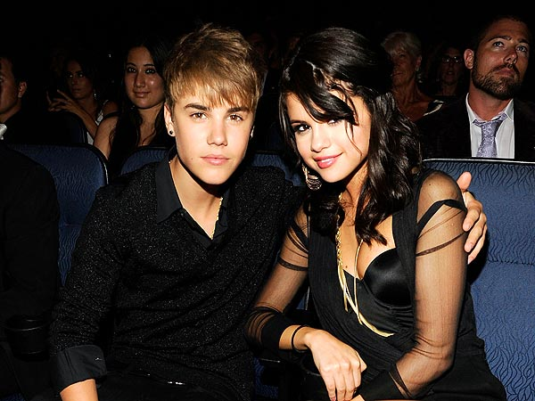 Justin Bieber, Selena Gomez - Date Night Disaster