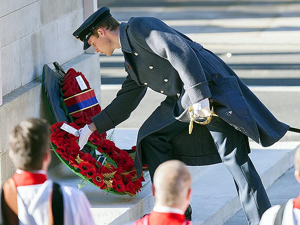 Prince William Pays Tribute on Remembrance Day