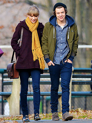 Taylor Swift & Harry Styles Visit Central Park Zoo Together (Photo)