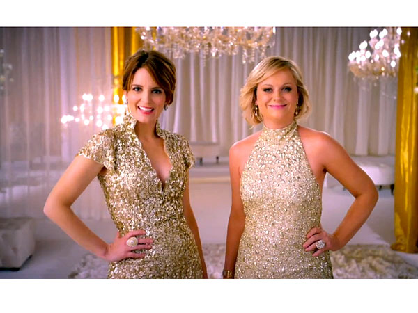 Tina Fey & Amy Poehler Shine in First Golden Globes Promo