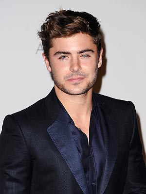 Zac Efron Loved Working with Dogs in New Movie