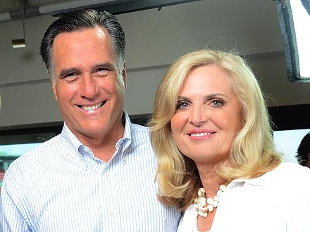 Mitt Romney, Ann Romney Defend Strapping Dog Seamus to Car