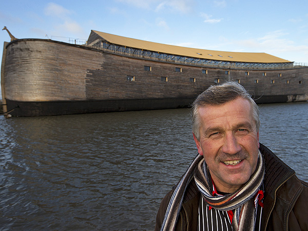 Noah&#39;s Ark Replica Built by Man in Netherlands