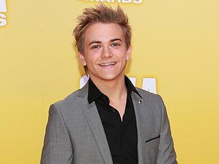 Country Music Association Awards: Hunter Hayes Wins Best New Artist