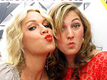 Say Cheese! Kids' Choice Awards Photo Booth Fun | Jennie Garth