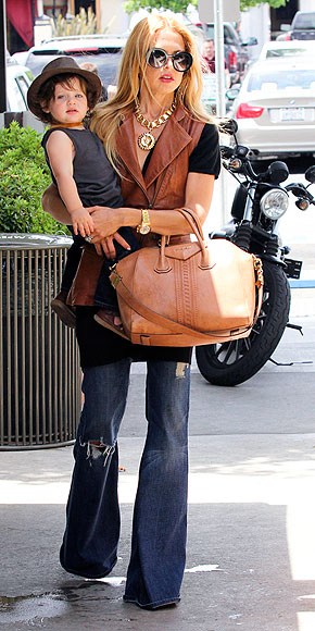 Hollywood's Most Wanted Handbags – for Less!