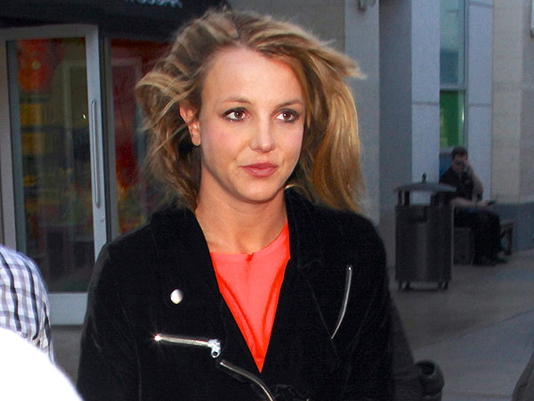 Britney Spears & New Boyfriend 'Seem Happy' in Las Vegas
