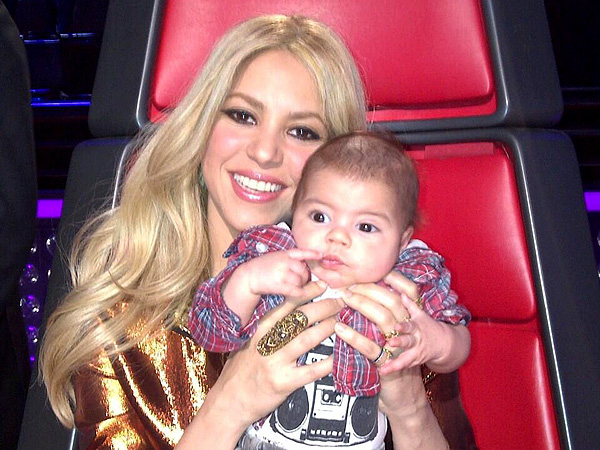 Shakira's Son Visits The Voice