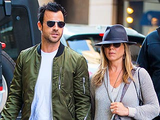 Jennifer Aniston & Justin Theroux Do Broadway & Brunch in N.Y.C. | Jennifer Aniston, Justin Theroux