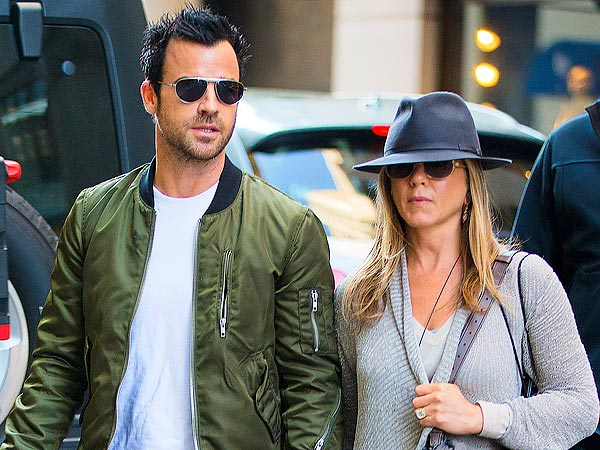 Jennifer Aniston & Justin Theroux Do Broadway & Brunch in N.Y.C.