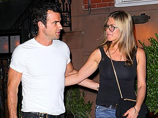 Jennifer Aniston & Justin Theroux Look 'Very Happy' – Even in a Heat Wave | Jennifer Aniston, Justin Theroux