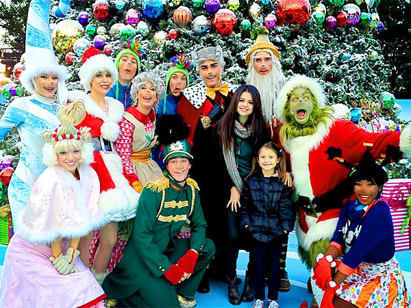 Selena Gomez Shares a Photo of Herself with The Grinch