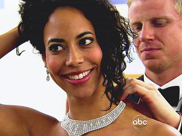 The Bachelor: Sean Lowe Blogs About Sending Home Amanda and Leslie