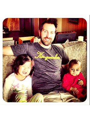 Josh Kelley Dotes on Daughters Naleigh and Adalaide on Twitter