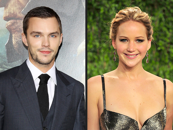 Jennifer Lawrence, Nicholas Hoult Enjoy Pub Date in U.K.