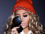 Amanda Bynes Reveals Makeover & Cheek Piercings in Twitter Photos