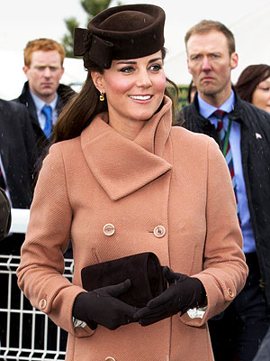 Kate Middleton Pregnant; Steps Out at the Horse Races