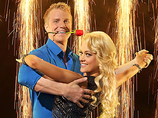 Dancing with the Stars: Did Sean Lowe Survive Another Week? | Peta Murgatroyd, Sean Lowe
