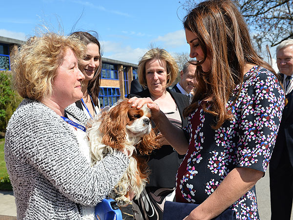 Kate Visits Primary School in Manchester, Receives Gift for Dog, Lupo
