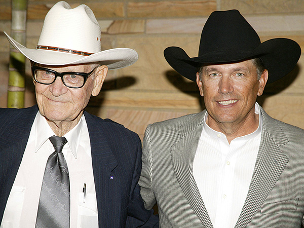 CMT Awards Performance Cancelled After George Strait's Father Dies