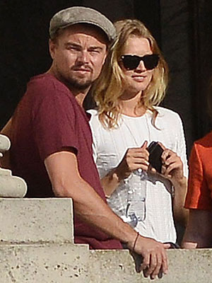 Leonardo DiCaprio's Beverly Hills Dinner Date with Gal Pal Toni Garrn