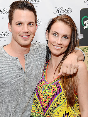 Matt Lanter of 90210 Marries Angela Stacy