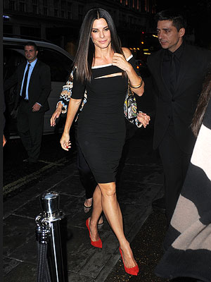 Sandra Bullock Wears Sexy Red Heels in London While Promoting The Heat