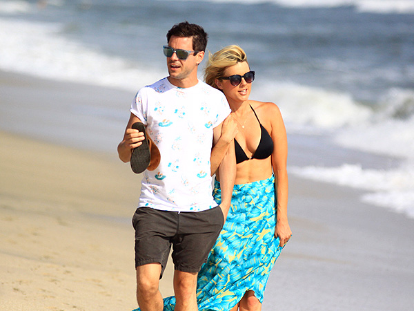 Ali Fedotowsky and Kevin Manno Enjoy Mexican Vacation