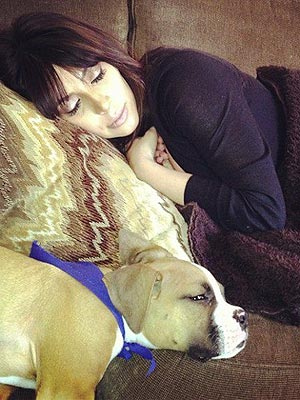 Kim Kardashian Is Asleep While Khloé Tales Picture