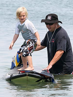 Zuma Rossdale Learns How to Surf in Long Beach with Mom Gwen Stefani
