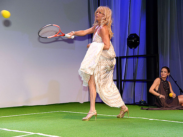 Goldie Hawn & Kate Hudson Hit the Tennis Court in Couture
