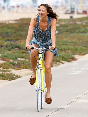 Stacy Keibler Goes Bike Riding After Split with George Clooney