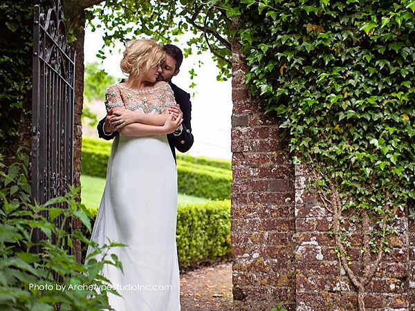 Kelly Clarkson Plans to Elope with Brandon Blackstock
