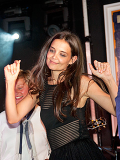 Katie Holmes Dominates the Dance Floor in the Hamptons | Katie Holmes