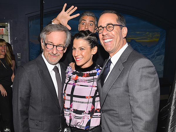 George Clooney Photobombs Steven Spielberg and Jerry Seinfeld at N.Y.C. Gala