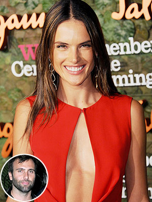 Alessandra Ambrósio Bonds with Jamie Mazur Over Concerts and Kids