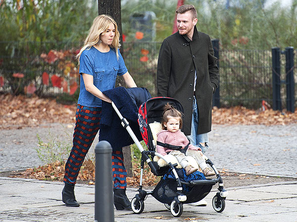 Double Take: Is Sienna Miller Strolling with David Beckham?