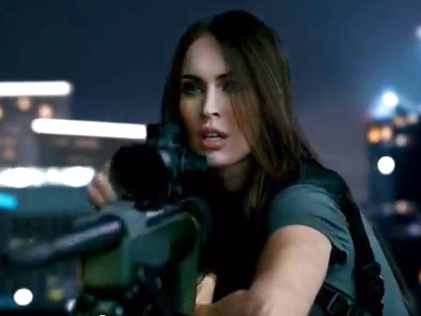 Call of Duty: Ghosts - Megan Fox Appears as Sexy Sharpshooter in Trailer
