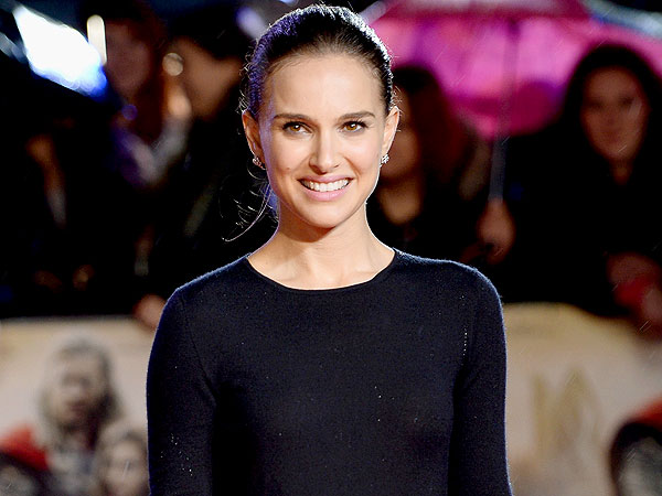 Natalie Portman Injured Her Leg While 'Being Awkward'