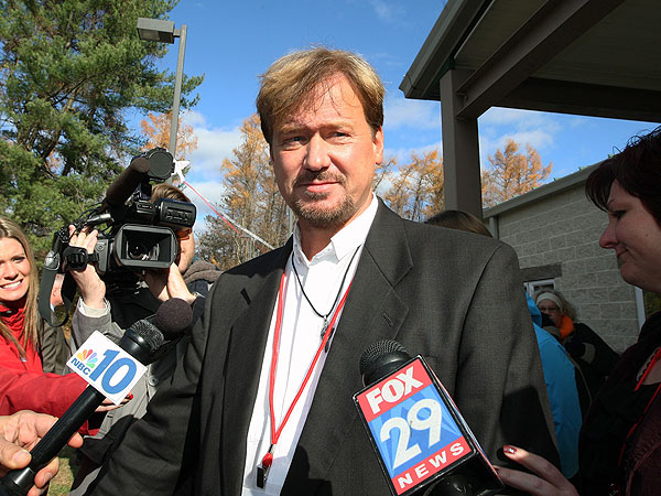 Frank Schaefer, Methodist Minister, Suspended for Officiating Son's Gay Wedding
