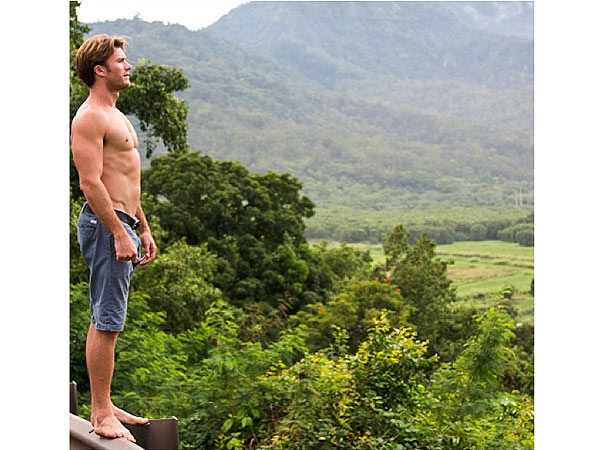 Scott Eastwood Treats Us to Another Smoldering Shirtless Photo